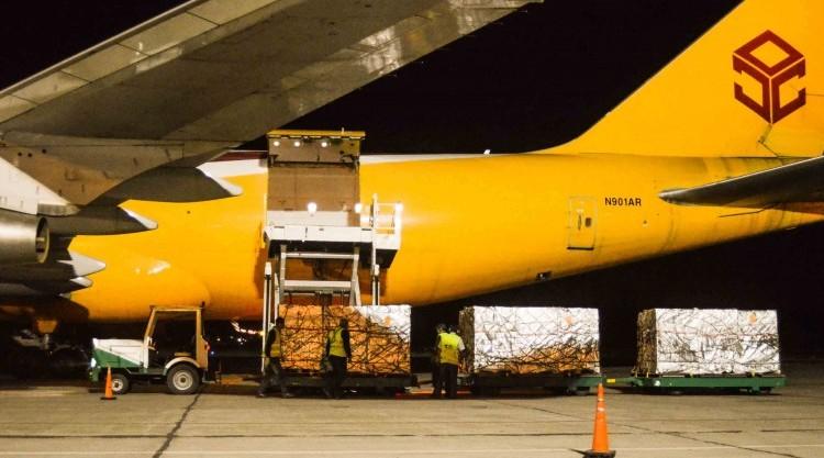 12-12-Primer-embarque-cerezas-exportación-del-aerop.Nqn_.-2-800x417