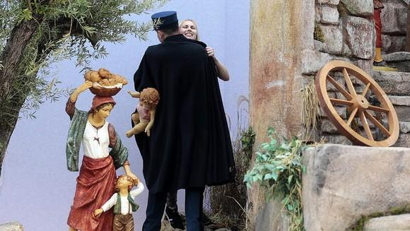 crop580_w57352_activista-Femen-llevarse-Jesus-Vaticano_TINIMA20141225_0239_5