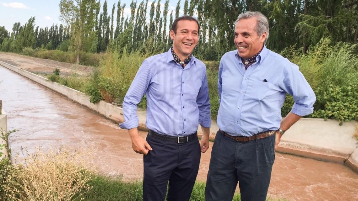 Sapag entregó aportes a consorcios de riego de la zona de Añelo y San Patricio del Chañar
