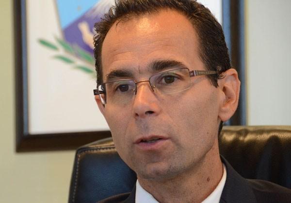 Ministro-de-Salud-Rubén-Butigué-Archivo--708x350@2x