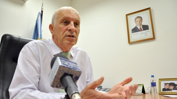 Ministro-de-Desarrollo-Social-Alfredo-Rodríguez.-708x350@2x