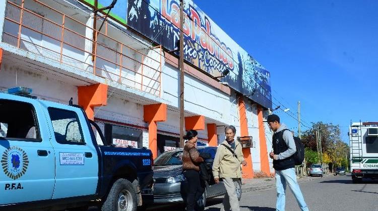 neuquen 17/04/2015 Inspecion en boliche Las almas por caso Avalos.
