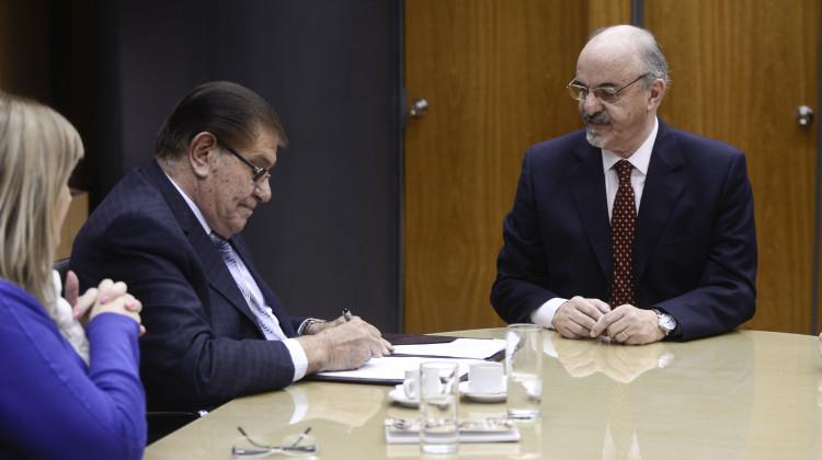 Firma Acuerdo4