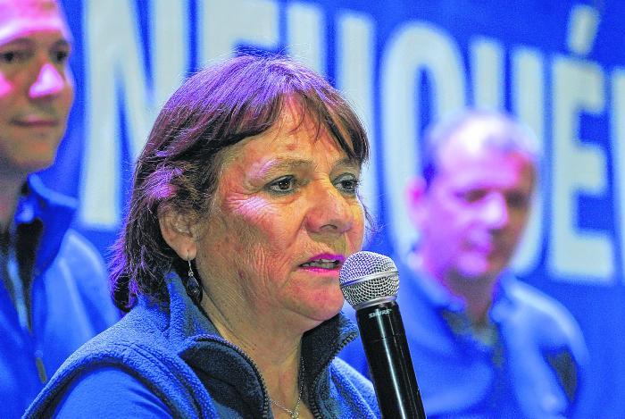 candidata a intendete mpn, brunilda rebolledo, san martin de los andes, patricio rodriguez, 01-12-2014