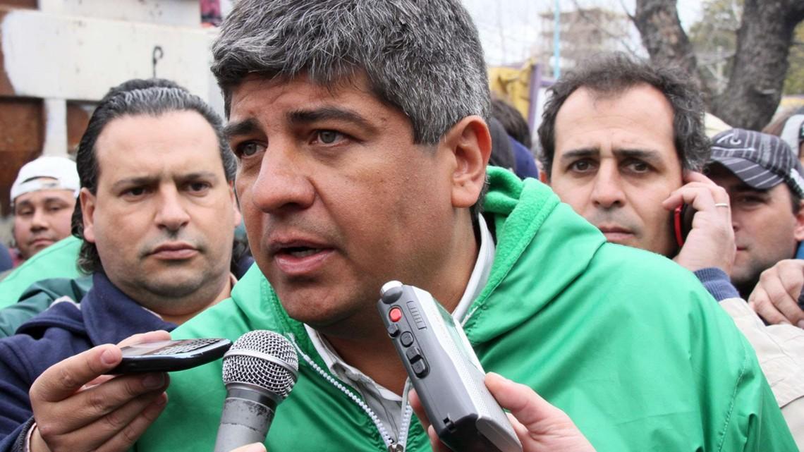 """zzzznacp2 NOTICIAS ARGENTINAS BAIRES, FEBRERO 16: (ARCHIVO) El secretario adjunto del Sindicato de Choferes de Camiones (Sichoca), Pablo Moyano, afirmó hoy que hay """"cero posibilidades de que se unifiquen las CGT"""" Azopardo (opositora), que conduce su padre, Hugo Moyano, y Balcarce (oficialista), que lidera el metalúrgico Antonio Caló. Foto NAzzzz"""