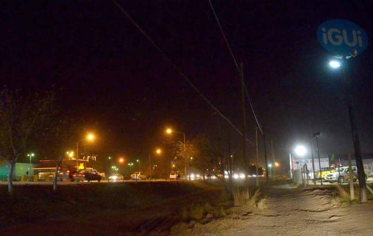 nqn encuentran nene de 3 años deambulando a las 3am en la zona del casino foto mati subat 24-06-2015