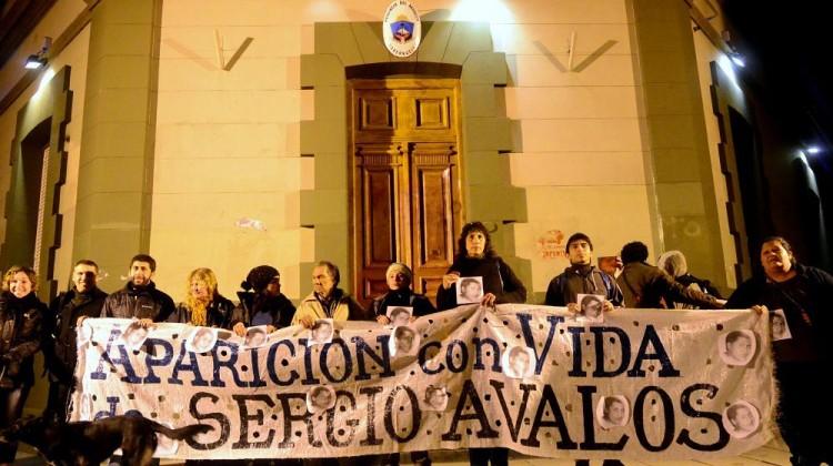Nqn Marcha a 11 años e la desaparicion de Sergio Avalos  ceci maletti