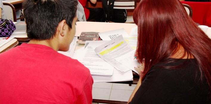Alumnos-escuelas-clases-de-apoyo-708x350