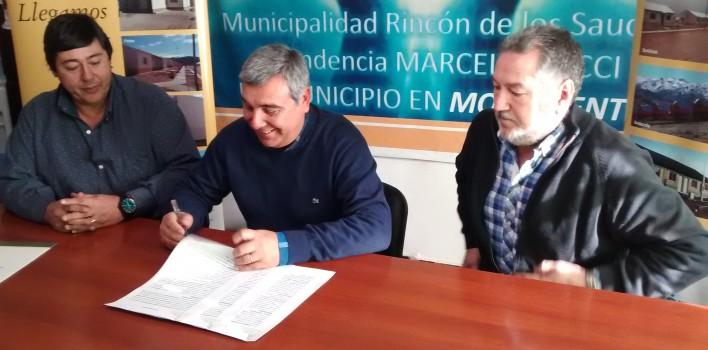Convenio-entre-ADUS-y-Rincón-de-los-Sauces-708x350