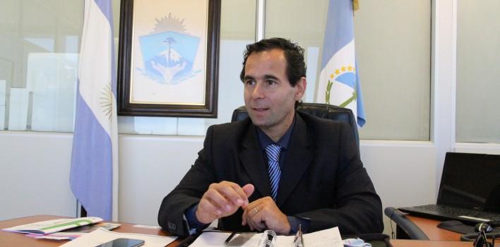 Ministro-de-Salud-Butigué-708x350