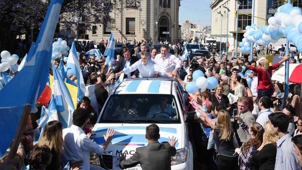 Mauricio-Macri-Parana_CLAIMA20151109_0147_28