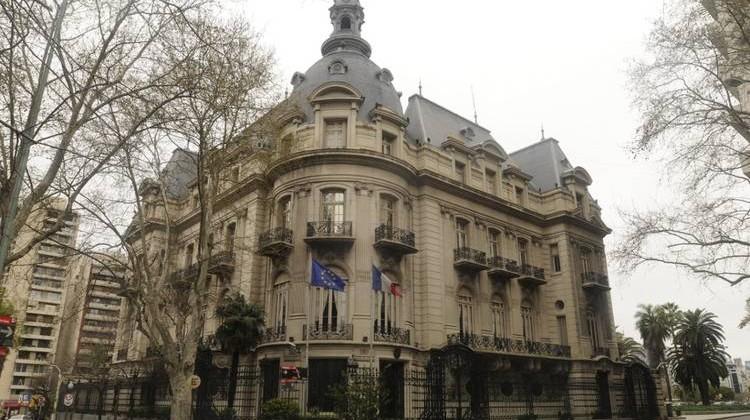 Embajada Argentina en Francia.