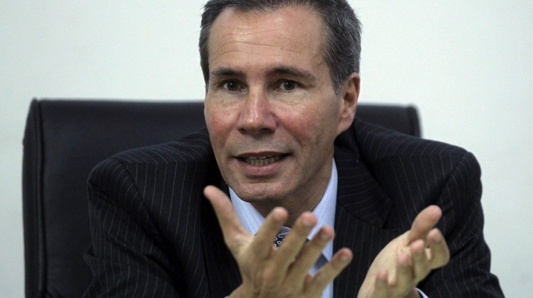 Argentine prosecutor Alberto Nisman, who is investigating the 1994 car-bomb attack on the AMIA Jewish community center, speaks during a meeting with journalists at his office in Buenos Aires in this May 29, 2013 file photo. State prosecutor Nisman accused President Cristina Fernandez de Kirchner on January 15, 2015 of trying to orchestrate a cover up in the investigation of Iran over the 1994 bombing of the AMIA Jewish community center in Buenos Aires. Nisman, investigating the blast that killed 85 people, said Fernandez de Kirchner has pushed to drop the charges and normalize relations as a way of tapping Iranian oil needed to narrow Argentina's $7 billion per year energy gap.  REUTERS/Marcos Brindicci/File (ARGENTINA - Tags: POLITICS CRIME LAW)