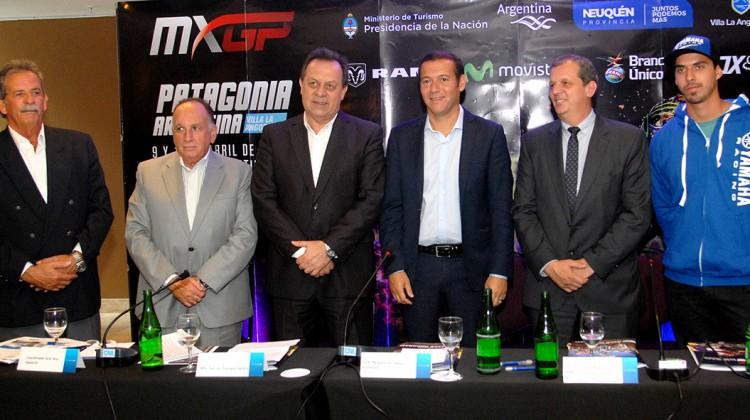 El gobernador Omar Gutierrez en Conferencia de Prensa Prentación Motocross en Villa la Angostura