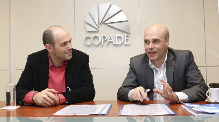 COPADE 04-07-2016 Municipalidad de Centenario, Intendente Esteban Cimolai, Secretario Sebastián González, Firma de Convenios, COPADE, 04-07-2016 ,