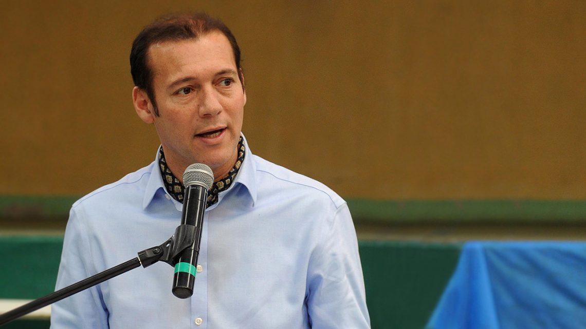 El gobernador Omar Gutierrez en el aniversario numero 44 de Barrancas.