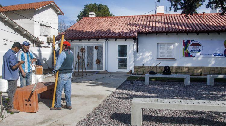 Mañana-se-inaugurará-la-Casa-de-las-culturas-Artistas-neuquinos_2109