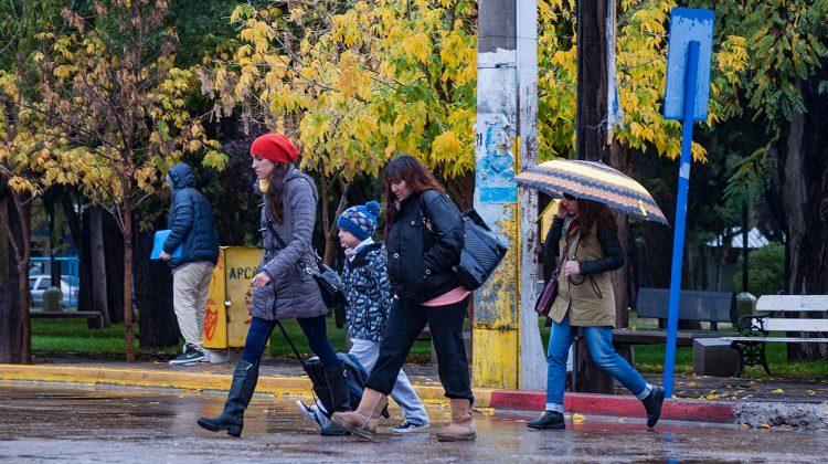 recomendaciones-de-defensa-civil-por-pronostico-de-lluvias-para-el-fin-de-semana_0023