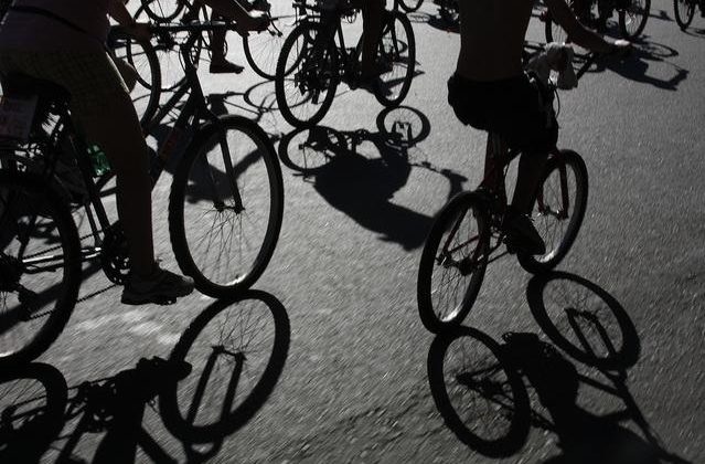 bicicleteada-masa-critica