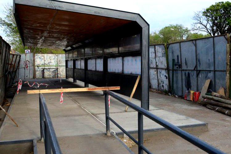 Estación de Metrobus en construcción.