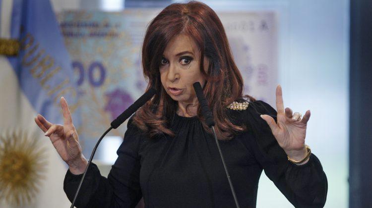 La presidente Cristina Fernandez de Kirchner durante el actode nombramiento a Martin Sabbatella como titular de la AFSCA y entrega de certificados de financiamiento productivo 1_10_12 Autor:  Anibal Greco