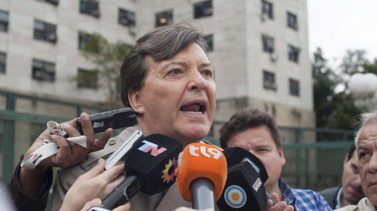 Buenos Aires 26 octubre 2016 El ex jefe del ejercito Cesar MIlani saliendo de los tribunales de federales de comodoro PY  foto Rolando Andrade Stracuzzi ley 11723