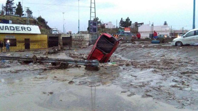 Comodoro Rivadavia, 30-3-17 Una tormenta arrasó con Comodoro Rivadavia. Foto Diario El Patagonico.