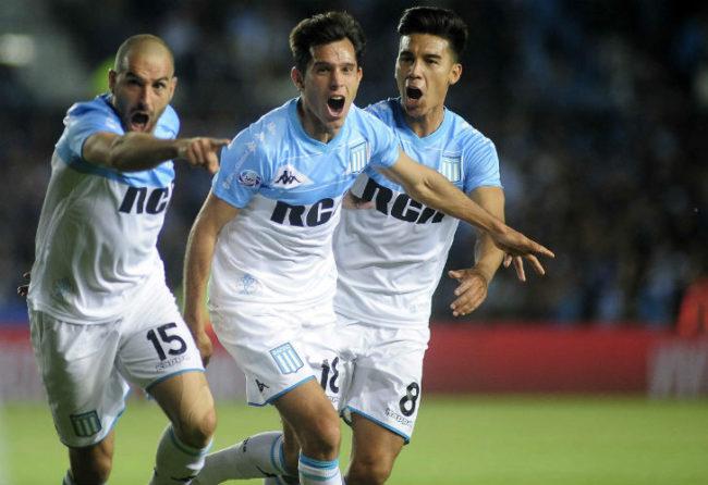 La Academia venció al Tatengue y quedó como único líder de la Superliga