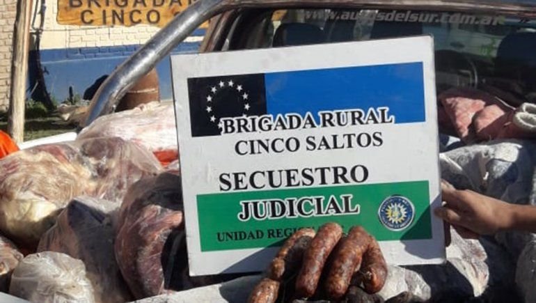 Decomisaron 1300 kilos de carne podrida en comercios de Contralmirante Cordero