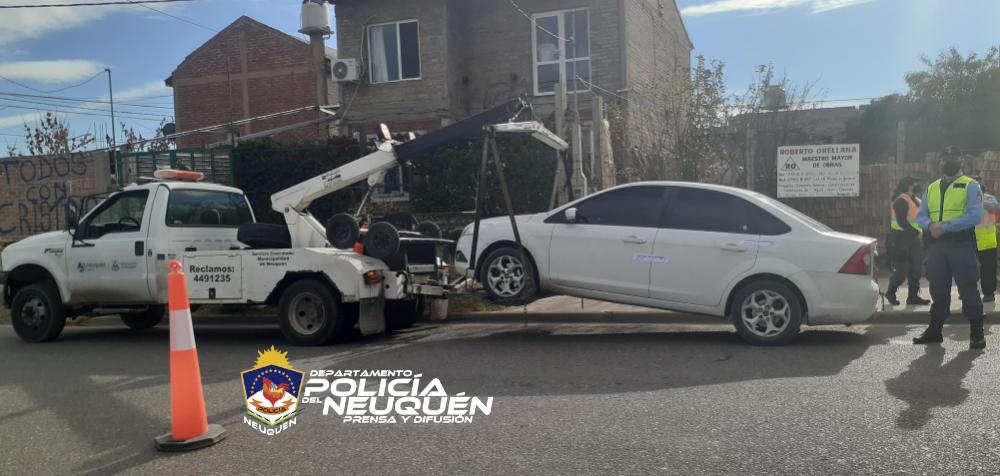 Un operativo de transito en el oeste concluyó con el secuestro de varios vehículos y motocicletas