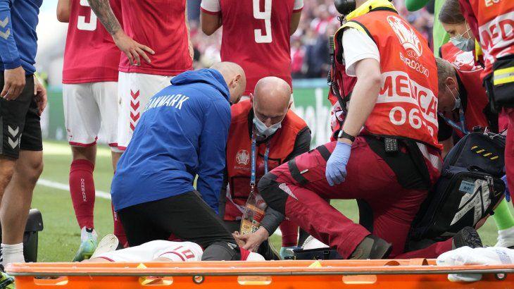 Susto en la Eurocopa: Un futbolista se desvaneció durante un partido